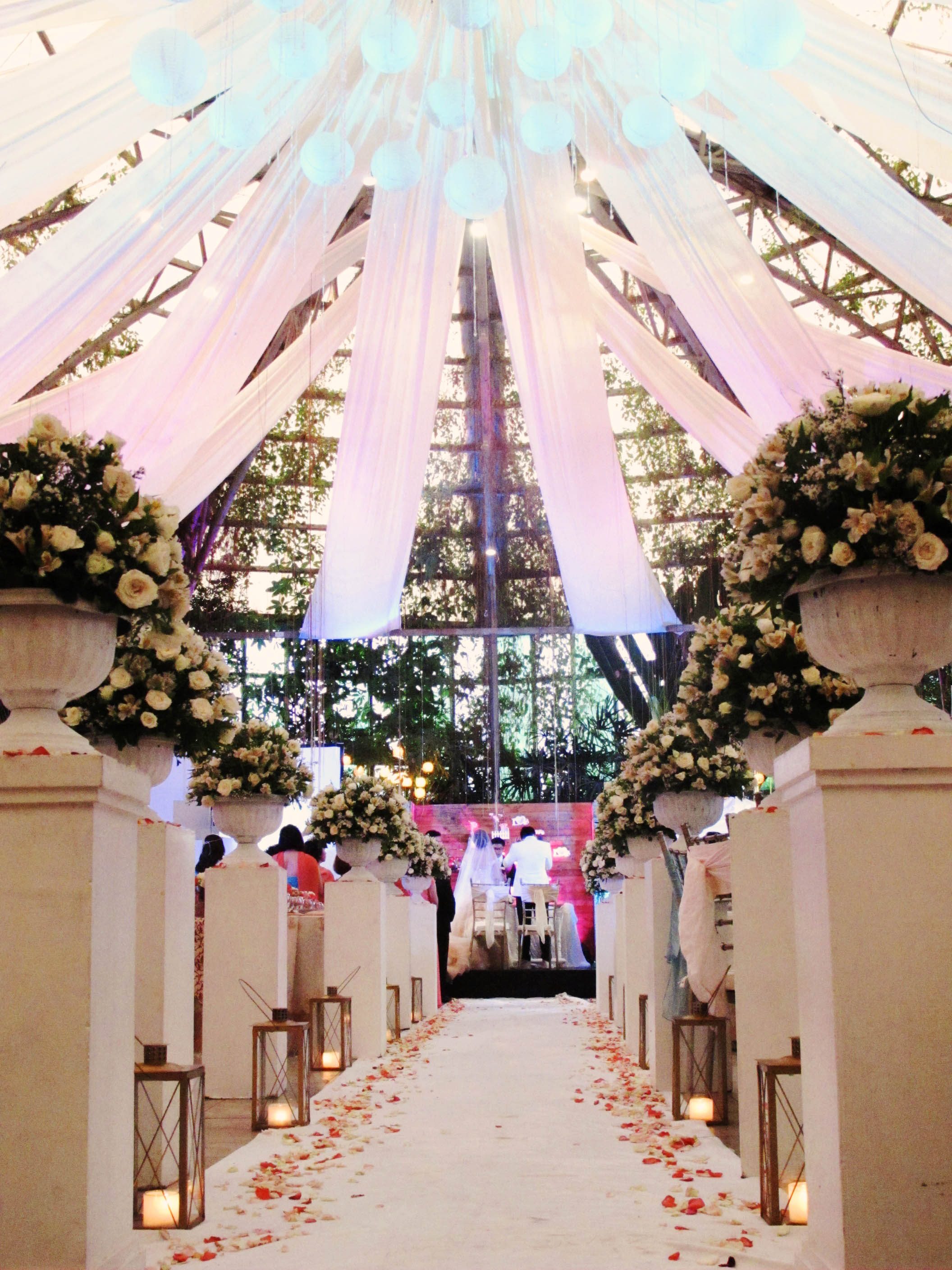 Weddings glass garden events venue for What is wedding venue