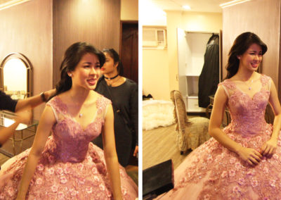 kisses delavin debut glass garden